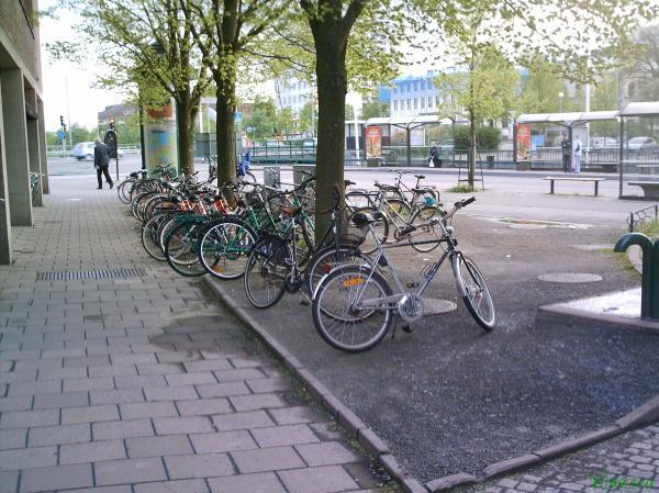 Стоянка велосипедов в Йенчопинге