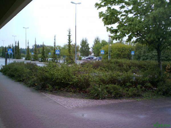 Озеленение возле аэропорта в Йенчепинге