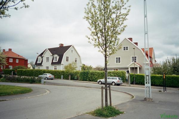 Шведские домики в жилой зоне Йенчопинга