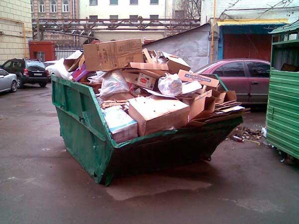 Курупногабаритные отходы в контейнере